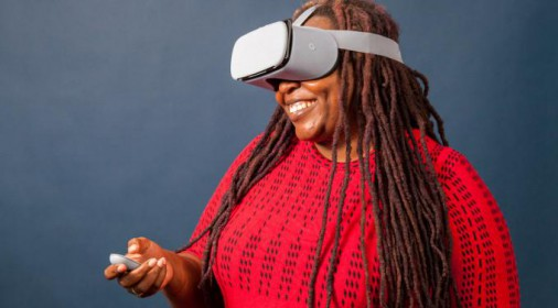 谷歌和LG推出最新OLED显示屏将重新定义VR